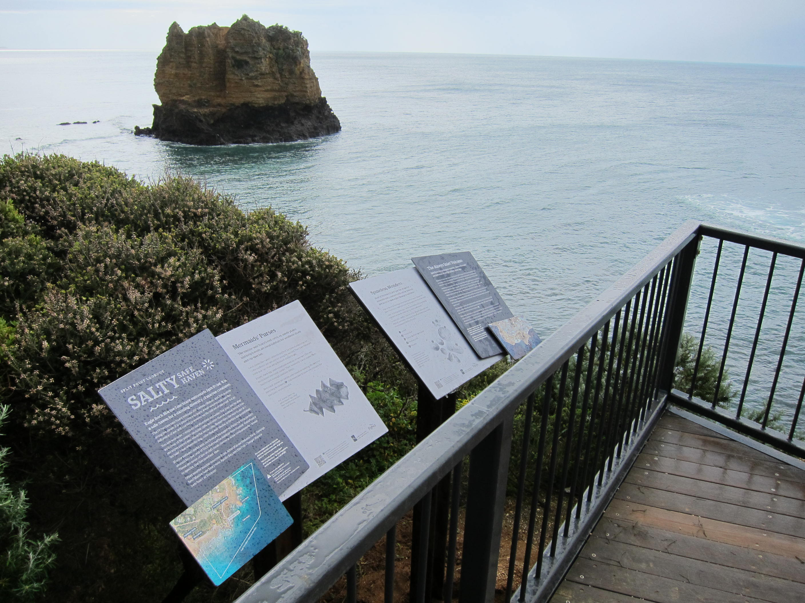 Interpretive signs installed by GORCC at Split Point Lookout.