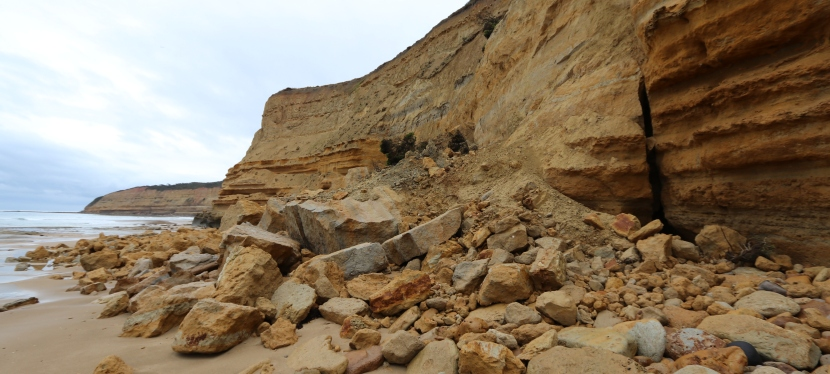 Call for caution around coastal cliffs